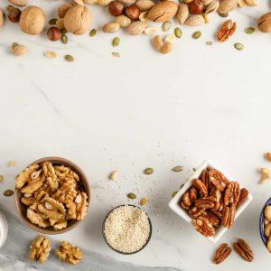 תבלינים אגוזים ופירות יבשים